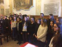 A Cingoli la Fondazione Fileni premia i giovani meritevoli del territorio con 29 borse studio
