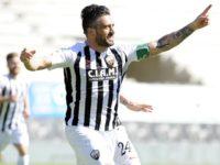 Calcio. L'Ascoli vince ancora, stavolta contro il Carpi ( 2-0) e sale a 36 punti in classifica.