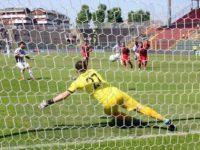 Calcio. L'Ascoli rimonta e vince a Cremona per 2-1. Doppietta di Monachello