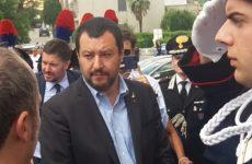 Salvini : Un carabiniere inneggia a Mussolini e Hitler ? Non mi interessa..