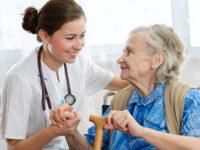 Salvare la vita agli anziani nei centri montani. Sette elettrocardiografi dal Bim Tronto all'Asur picena