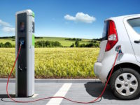 A Pesaro apre la prima colonnina pubblica per le auto elettriche