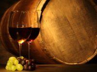 Intesa Sanpaolo sostiene i vini DOC. Scorte in cantina come garanzia