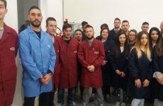 Giovani lavorAtori alla Tods di Arquata