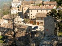 """A Smerillo torna il festival """"Le parole della montagna"""".  Otto giorni tra escursioni, reading e spettacoli"""