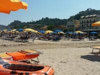 Marche, il 62% delle spiagge occupate da stabilimenti. Sempre meno quelle libere