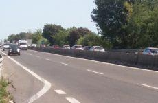 Incidente sull Ascoli Mare a Montepradone verso la costa. Auto ribaltate, rallentamenti