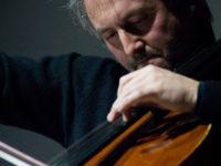 Attesa a Matelica per il concerto del violoncellista Mario Brunello. Al teatro Piermarini martedi 18 settembre