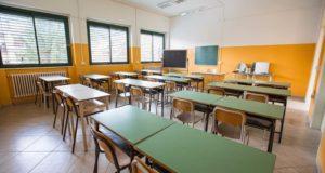 'A settembre scuole sovraffollate e carenza di personale', sindacati denunciano