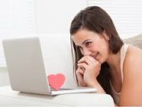 L'amore online non funziona, salta il 98% delle coppie. Meglio la vita reale