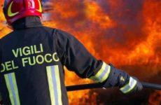Incendio anche alla Tontarelli di Castelfidardo. Nube nera in cielo