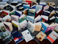 Riaprono solo librerie e cartolerie. Cittadini a casa fino al 3 maggio