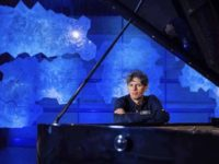 Esplorando le nuove dimensioni del pianoforte. Ralf Schmid domenica al Filarmonici di Ascoli