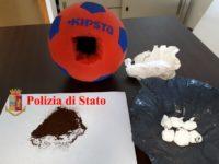 Cocaina nei palloni per bambini. Quattro arresti ad Ancona, tutti rom