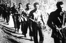 Camerino ricorda i martiri degli eccidi tedeschi del 1944. E il sindaco da' la Costituzione ai 18enni