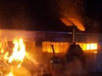 FABRIANO (AN) - Incendio un deposito.