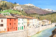 Cantiano rischia l'abbandono, e il sindaco vende le case sfitte ad 1 euro