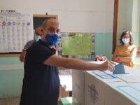 """Covid, sindaco di Fermo esce dall'ospedale : """"Sto meglio""""."""