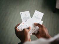 Carte da gioco e giochi di carte italiani: una storia affascinante