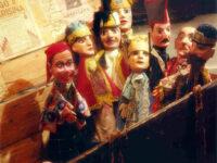 Il teatro sul comò. Spettacoli e giochi con Amat e Teatro Giovani Pirata