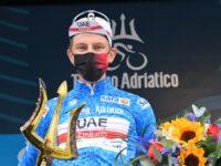 Ciclismo, la Tirreno-Adriatico allo sloveno Pogacar