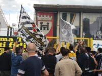 Serie B, l'Ascoli compie il miracolo della salvezza. Esplode la festa !