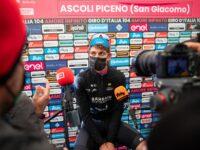 Ascoli, il grande spettacolo del Giro che appassiona tutti