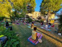 Nel Piceno impazza il summer yoga