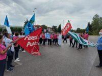 Sanità privata: protesta a Jesi dei lavoratori del Santo Stefano