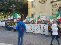 Green pass : manifestazioni a Pesaro e al porto di Ancona